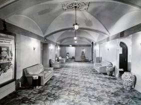capitoltheaterflintmessanine