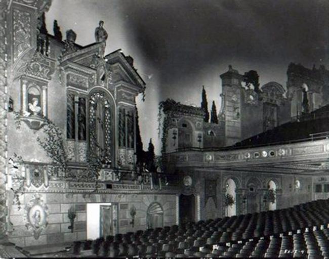 capitoltheaterflintwall