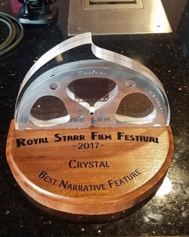 CrystalTrphyBestFeature